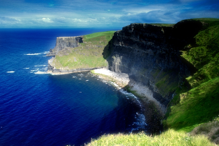 Cliffs_of_Moher,_Clare